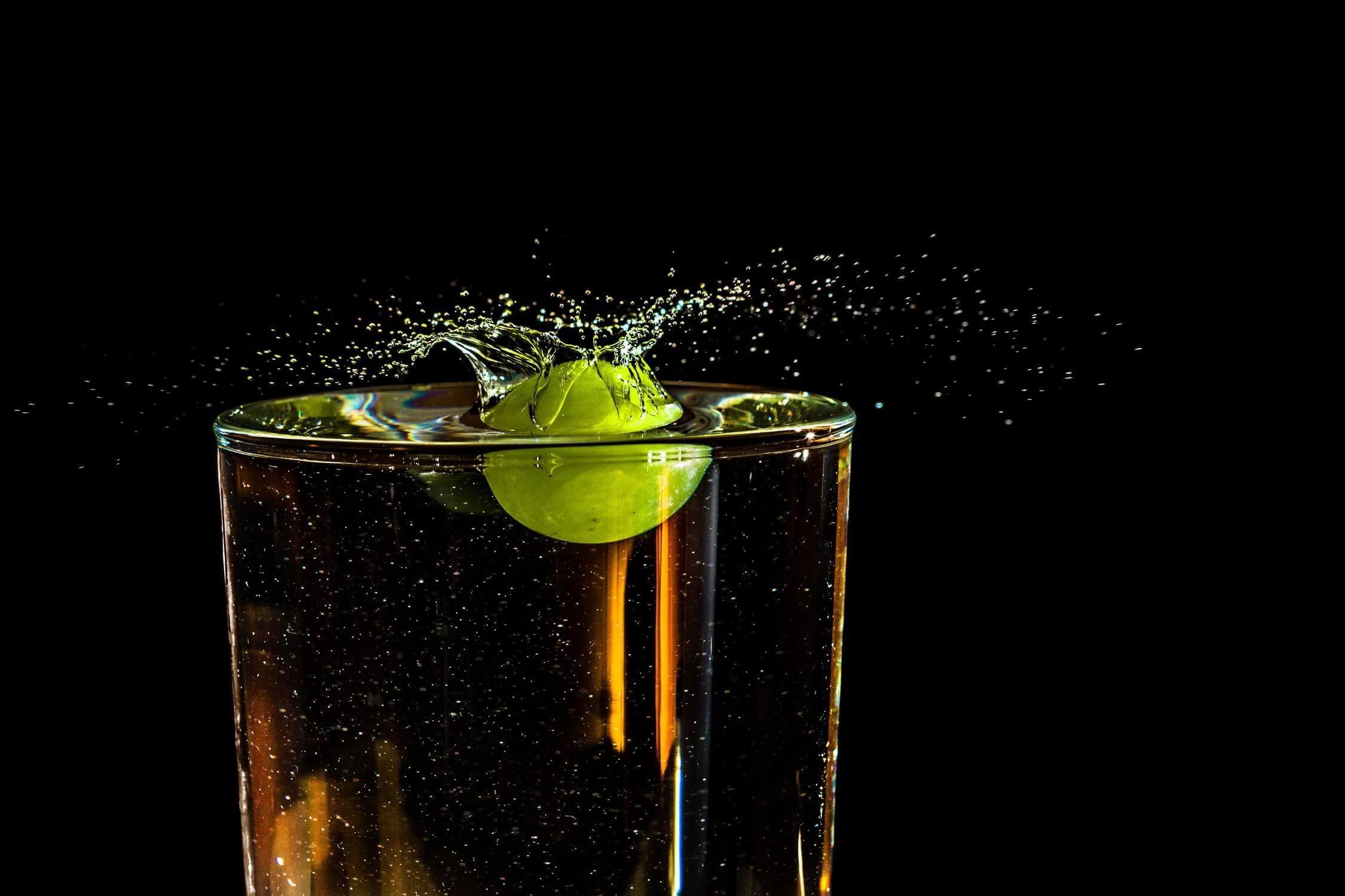 Elaboración del brandy con hollejos