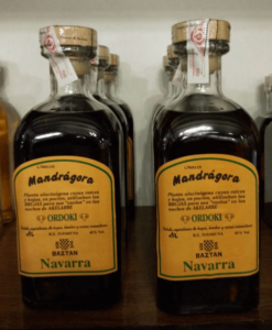 Botellas de licor de Mandrágora